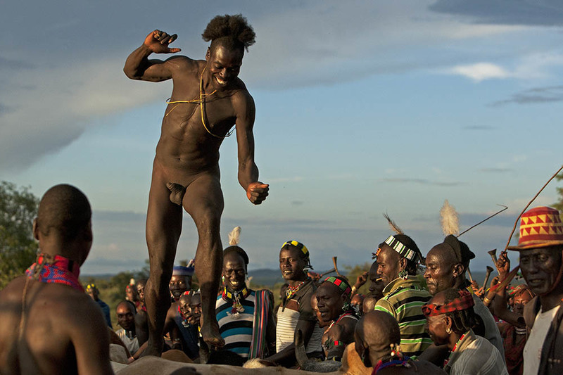 Omo valley tribe Bull jumping